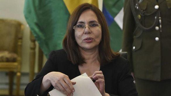 Robles comparecerá en el Congreso tras pedir explicaciones PP y Vox por el
