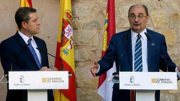 Page y Lambán, solos en el PSOE en la defensa de la unidad de España