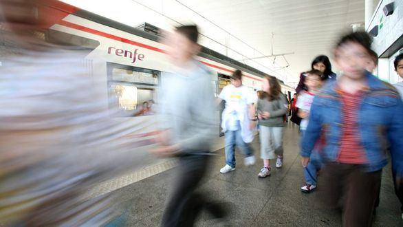 Dónde comprar el billete de tren si Renfe ha cerrado la taquilla de tu estación