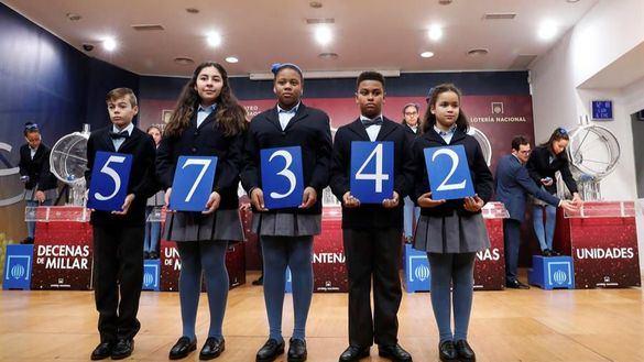 El número 57.342, primer premio del sorteo del Niño