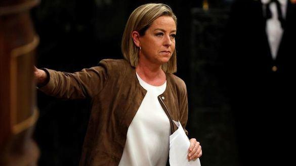 Ana Oramas pide perdón a su partido, pero mantiene el 'no' a Sánchez