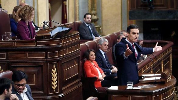 Sánchez insinúa que cambiará la Constitución para evitar bloqueos