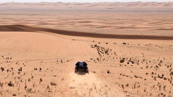 Dakar 2020. Magisterio de Sainz abriendo la etapa y consolidando liderato