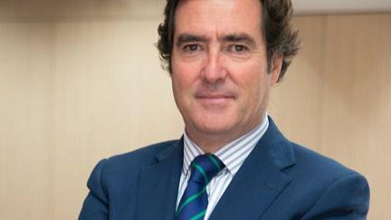 La CEOE teme que el déficit se dispare al 3,5 % con el Gobierno Sánchez