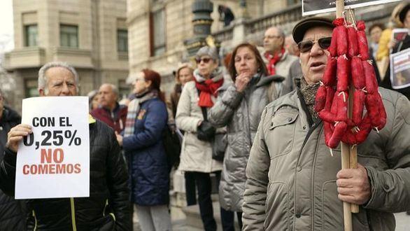 Suben las pensiones pero no el sueldo de los funcionarios