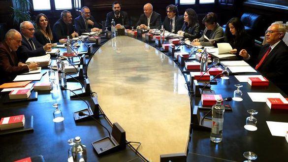 El presidente del Parlament, Roger Torrent, al inicio de la reunión de la Mesa del Parlament.