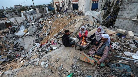 Israel ataca objetivos de Hamás en Gaza como respuesta al disparo de proyectiles