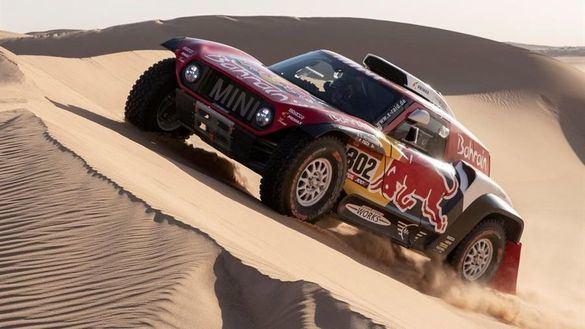 Dakar 2020. Carlos Sainz logra llegar al último día como favorito