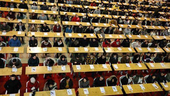 Más de 166.000 personas buscan uno de los 4.005 empleos fijos de Correos