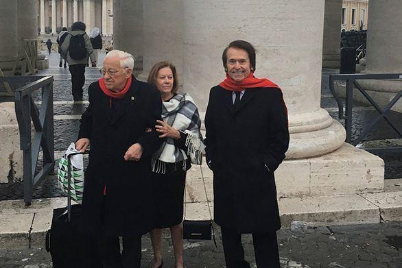 Raphael se reúne con el Papa e inaugura un proyecto de Mensajeros de la Paz