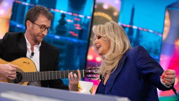 Bonnie Tyler seduce más que Pedro Sánchez