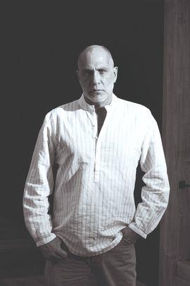 Guillermo Arriaga, Premio Alfaguara de Novela por Salvar el fuego