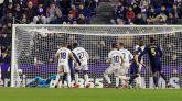 El Real Madrid no perdona en Valladolid y es líder | 0-1