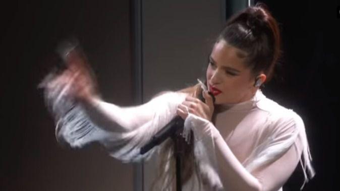 Rosalía inunda de flamenco la gala de los Grammy en la noche de Billie Eilish