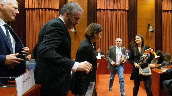 Ciudadanos abandona la comisión tras exigir a Junqueras que pida perdón