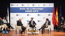 Pablo Casado, José María Aznar y Florentino Portero en la Universidad Francisco de Vitoria.