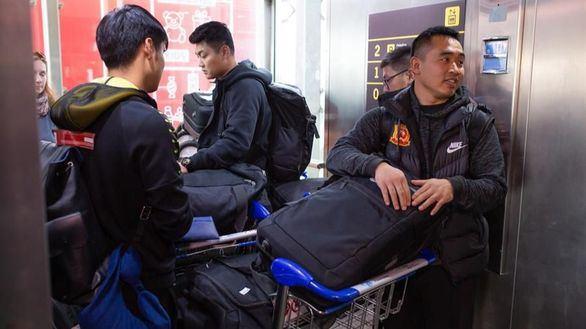 El equipo de fútbol de Wuhan aterriza en Málaga