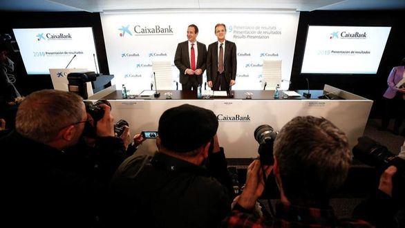 CaixaBank obtiene un beneficio de 1.705 millones de euros
