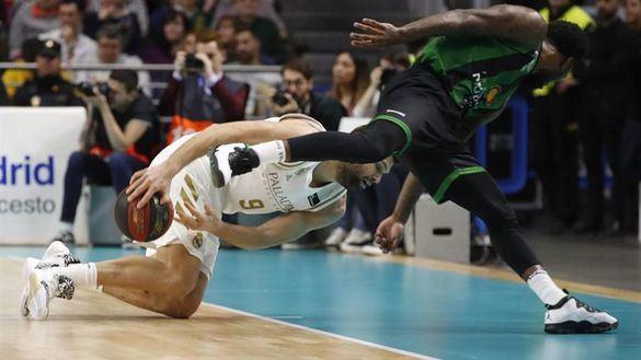 ACB. Laso no aguanta más el enfado y el Real Madrid pierde el liderato