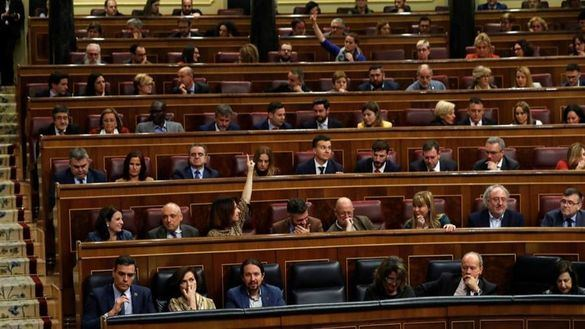 Gobierno y oposición se dan una tregua para subir las pensiones y los salarios públicos