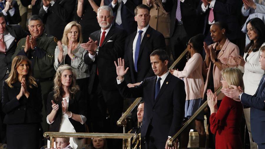 El Congreso de EEUU, en pie para homenajear a Guaidó