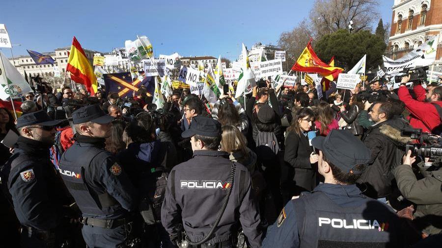 El campo, en pie de guerra, se manifiesta en Madrid