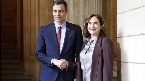 Sánchez promociona Barcelona mientras ataca a las CCAA gobernadas por el PP