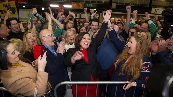 Fianna Fáil gana las elecciones en Irlanda, pero el Sinn Féin ya busca socios de gobierno