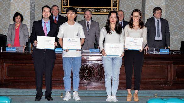 La UPM y Banco de Santander impulsan la investigación y la internacionalización de 270 universitarios