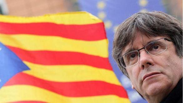 La Audiencia propone juzgar a los mossos que escoltaron a Puigdemont en su huida