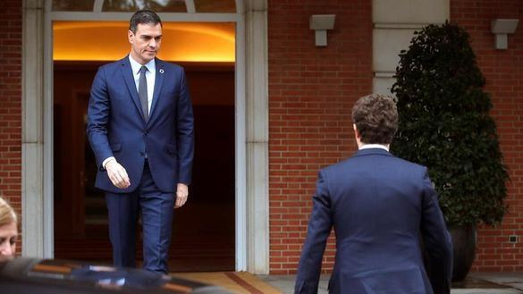 La reunión de Sánchez y Casado termina en fracaso