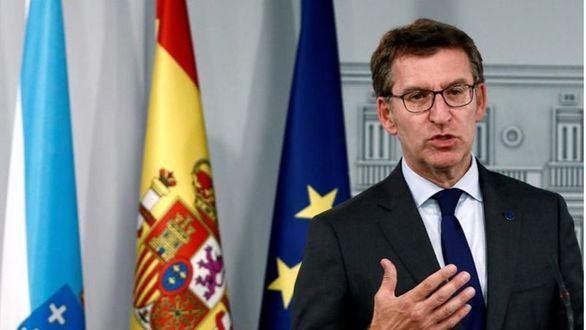 Feijóo comunica a Arrimadas por telefóno que rechaza la coalición
