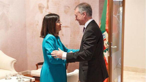 Sánchez transferirá la Seguridad Social y Prisiones al País Vasco a finales de 2020