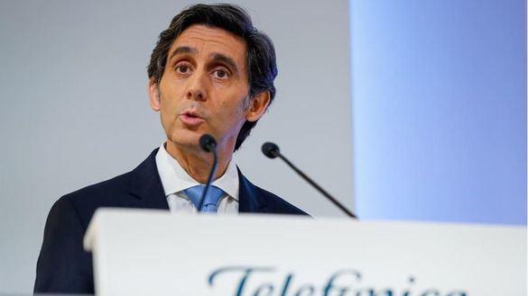 Telefónica gana 1.142 millones de euros tras reducir su deuda un 8 por ciento