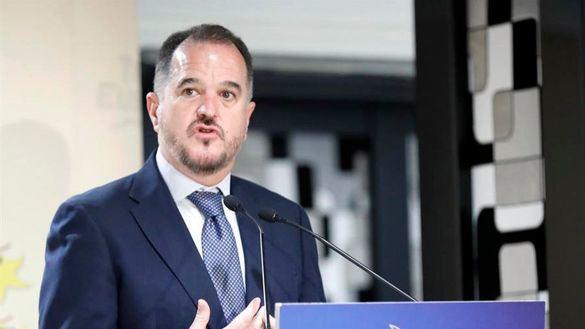 Iturgaiz elogia a Abascal y tiende la mano a Vox frente al Gobierno 'fasciocomunista'