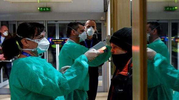 El coronavirus hunde el Ibex, que sufre la segunda mayor caída de este año