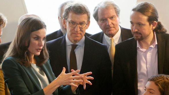 La Reina Letizia coincide con Pablo Iglesias en un acto