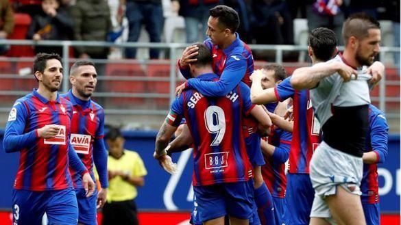 Charles y Orellana pisan fuerte el escalón de la permanencia | 3-0