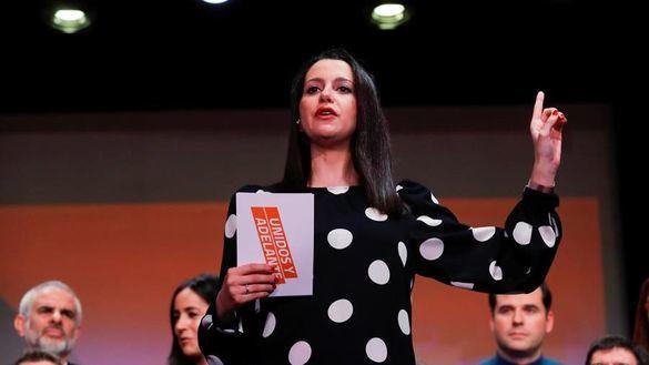 Arrimadas se perfila como nueva presidenta de Cs tras arrollar a Igea