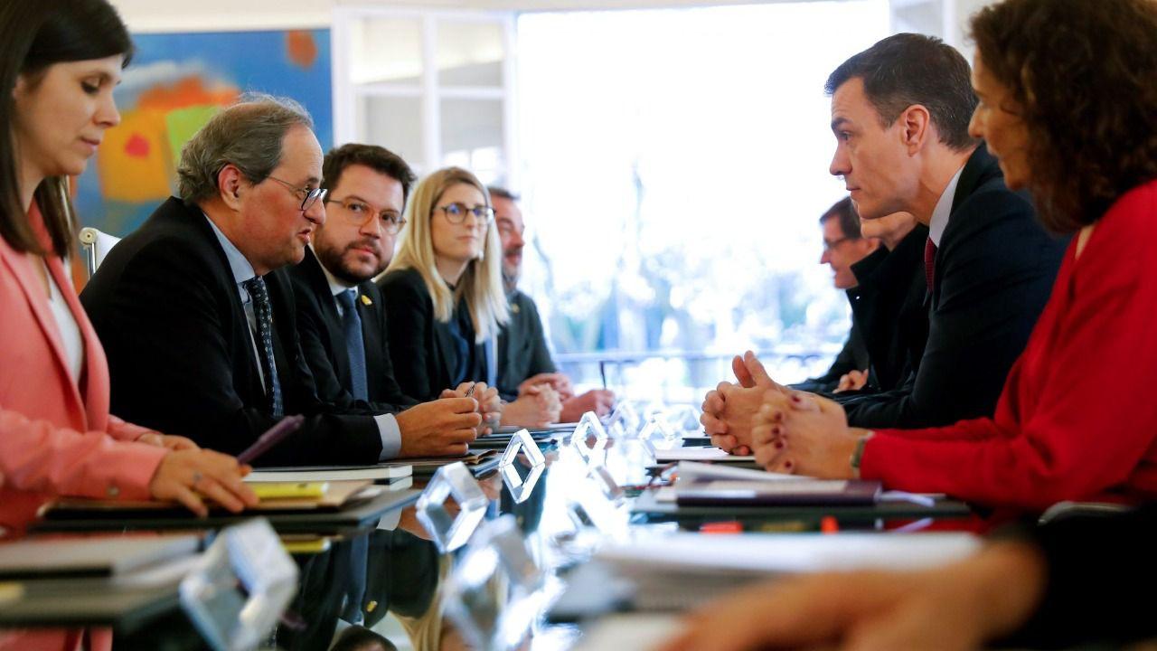 Exdirigentes socialistas advierten de que la mesa de diálogo solo traerá