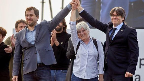 Llarena mantiene su suplicatorio contra la inmunidad de Puigdemont y Comín