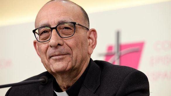 Omella propone una mesa de diálogo entre el Gobierno y la Iglesia