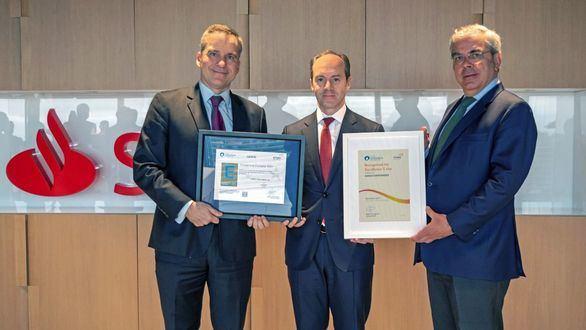 Santander España renueva el Sello de Excelencia Europea EFQM 500 +