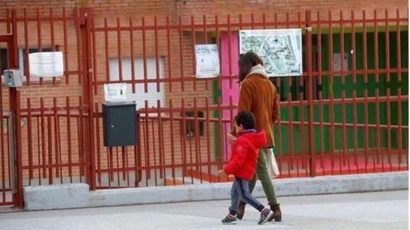 La Comunidad de Madrid desmiente que los alumnos tengan que recuperar los días sin clase