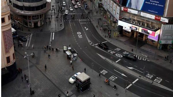 Fotos de Madrid vacío: la ciudad se aísla para evitar el contagio de coronavirus