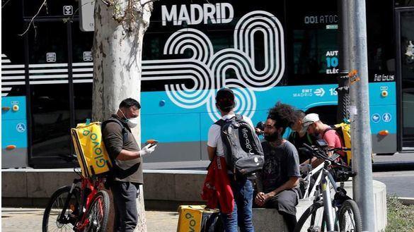 Voluntarios para combatir el coronavirus en Madrid