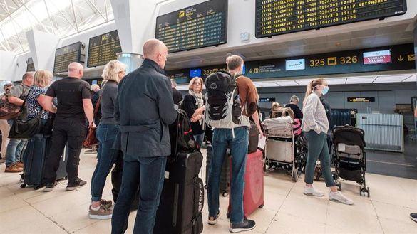 Facua crea una plataforma para reclamar a aerolíneas, hoteles, academias...