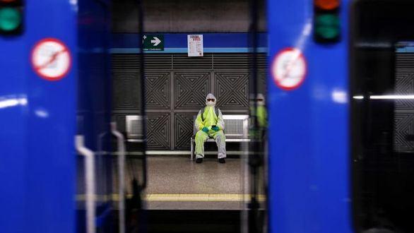 Metro de Madrid adelanta el cierre de su servicio a las 00:00 horas