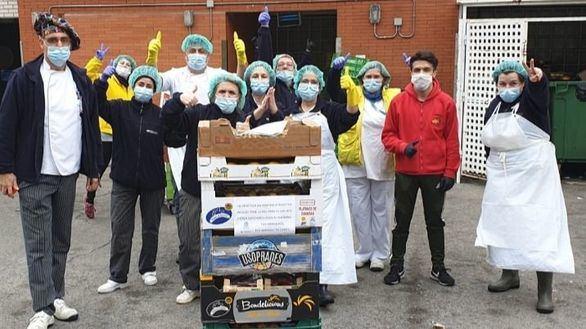 Los mercados municipales reparten 2.000 kilos de fruta a los hospitales madrileños