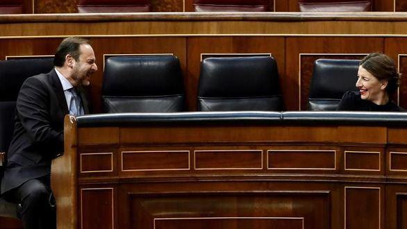 Indignación por las risas de Ábalos en el Congreso y su chiste sobre la mascletá